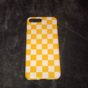 Yellow checkerboard iPhone 6/7/8 plus case